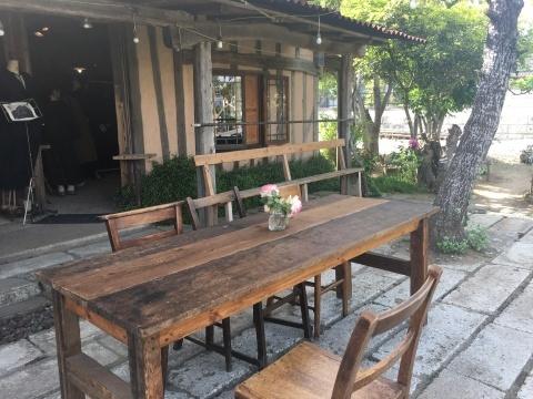 cafe LA FAMILLE_e0237625_16432475.jpeg