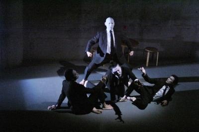 「ダンスブリッジ:旅は道連れ劇場」公演盛況裏に終わる_d0178431_17463331.jpg