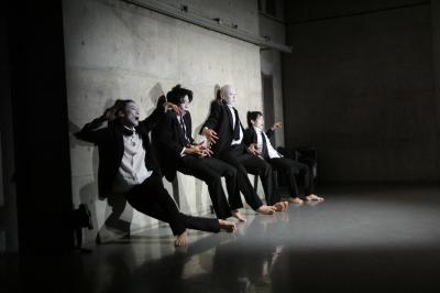 「ダンスブリッジ:旅は道連れ劇場」公演盛況裏に終わる_d0178431_17474825.jpg