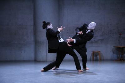 「ダンスブリッジ:旅は道連れ劇場」公演盛況裏に終わる_d0178431_17503929.jpg