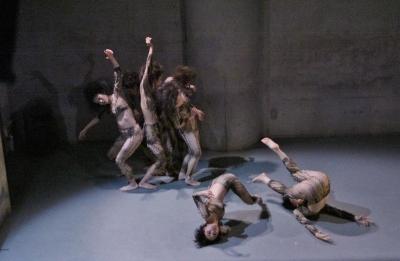 「ダンスブリッジ:旅は道連れ劇場」公演盛況裏に終わる_d0178431_18042287.jpg
