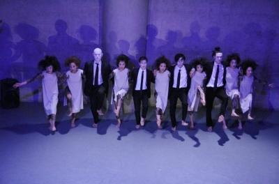 「ダンスブリッジ:旅は道連れ劇場」公演盛況裏に終わる_d0178431_18082174.jpg