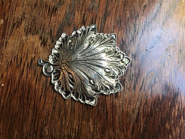 シルバー木の葉の小プレート167_f0112550_06120572.jpg