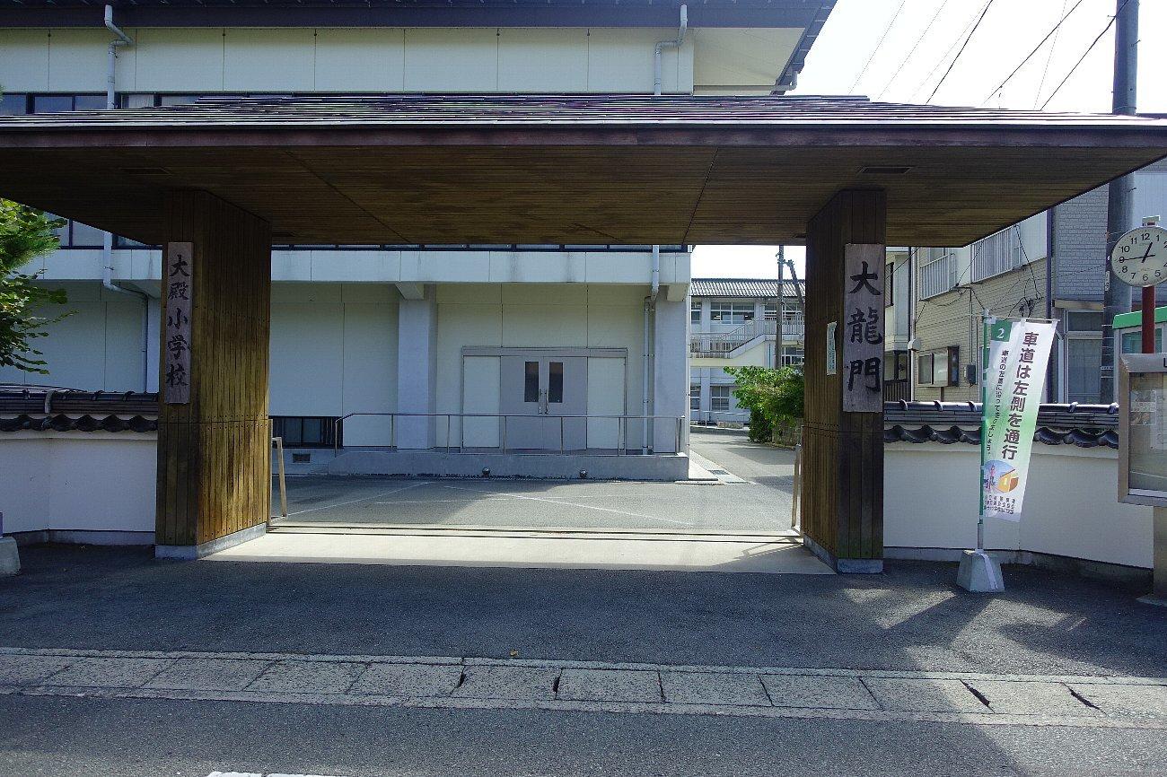 JR上山口駅周辺_c0112559_07532527.jpg