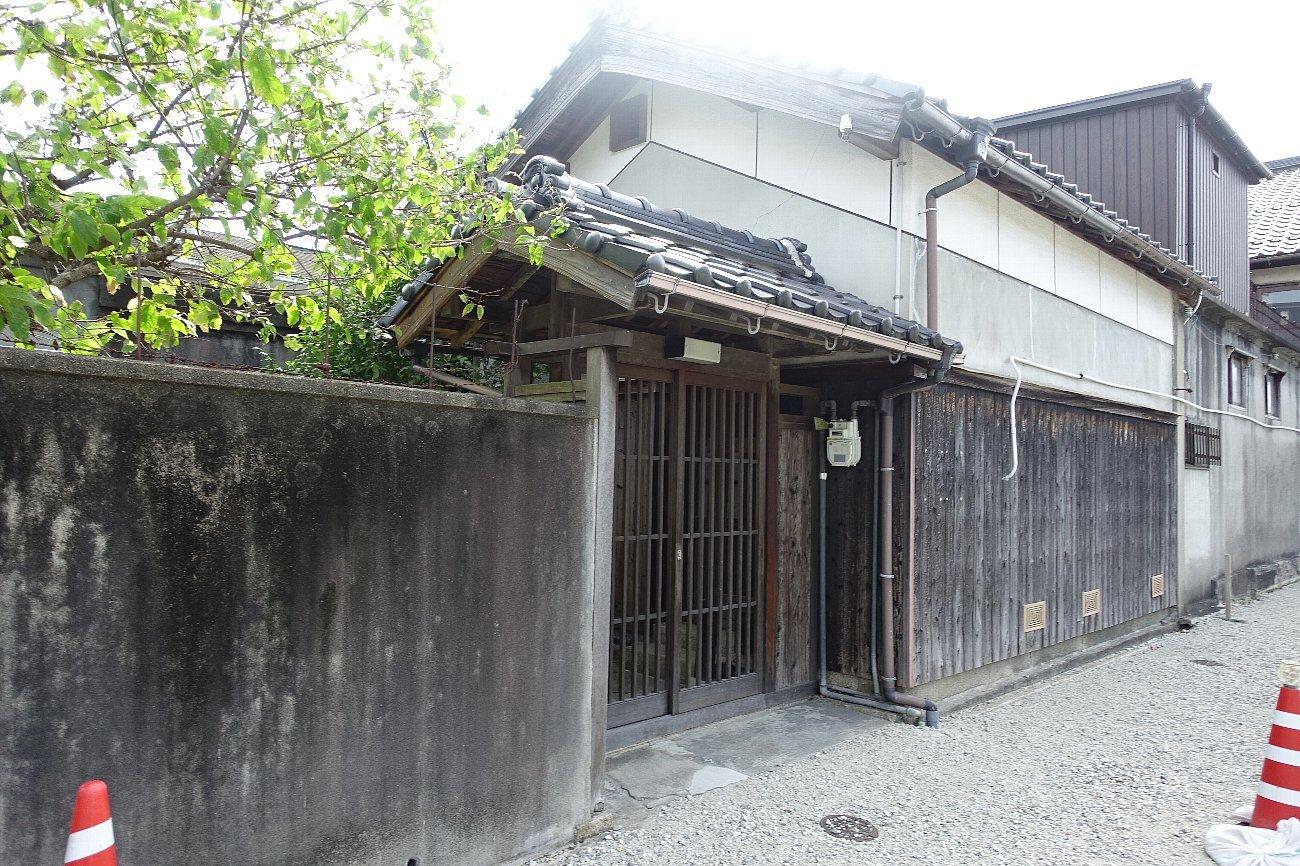 JR上山口駅周辺_c0112559_07535834.jpg