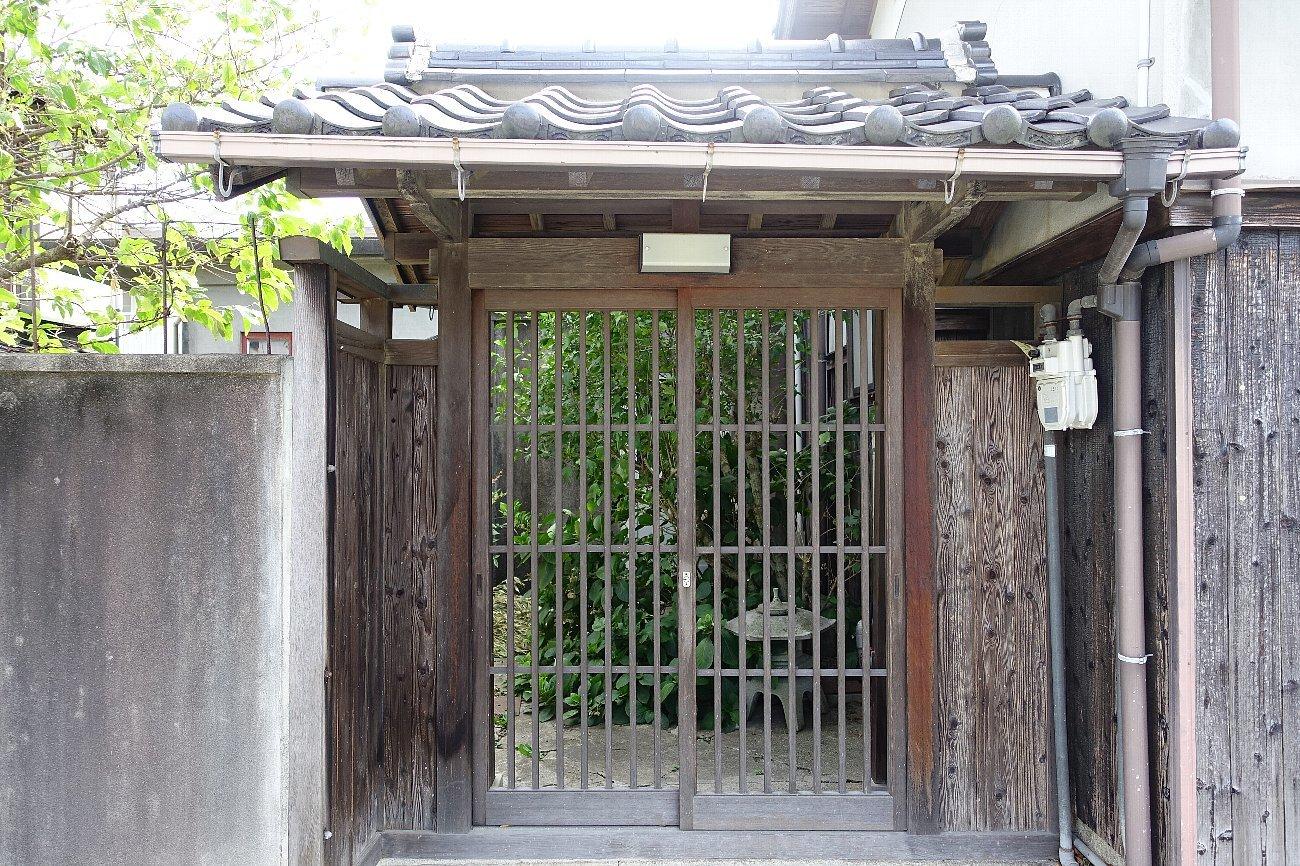 JR上山口駅周辺_c0112559_07545184.jpg