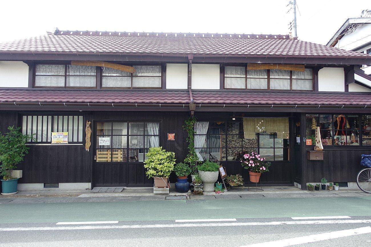 JR上山口駅周辺_c0112559_07572886.jpg