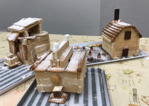 お菓子の家作り_b0159780_13283961.jpg