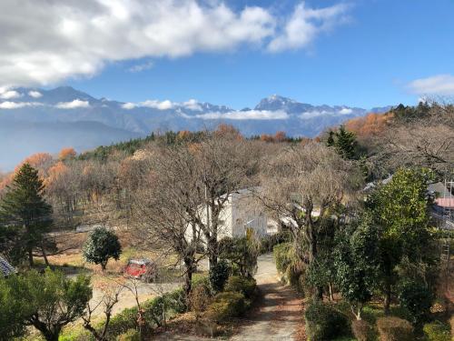 甲斐駒ケ岳の雪☃️、少ない。が晴れた☀️_d0338282_10374475.jpg