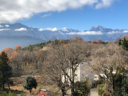 甲斐駒ケ岳の雪☃️、少ない。が晴れた☀️_d0338282_10375691.jpg
