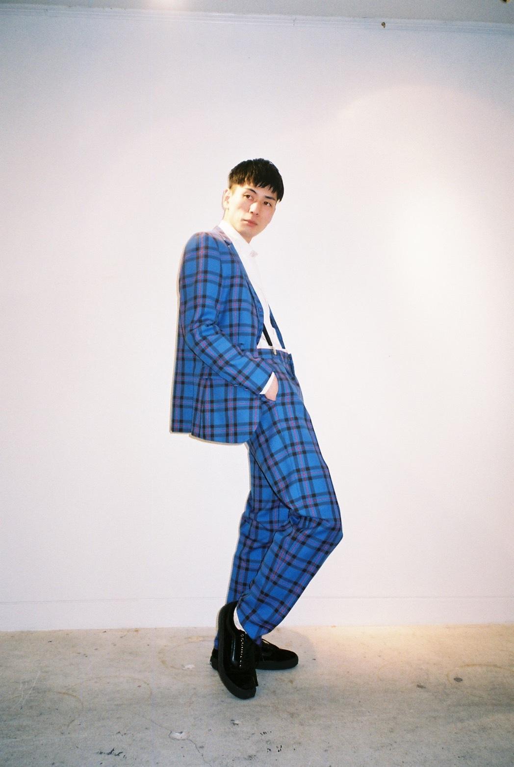 スーツ以上に楽しめるスーツなんです。_e0298685_13094126.jpg