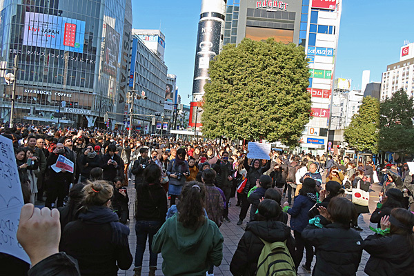 渋谷ハチ公前_a0188487_20085640.jpg