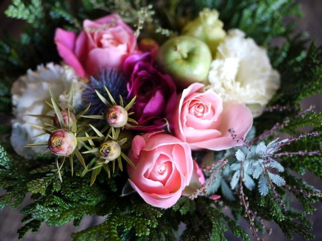 亡くなったワンちゃんに。「ピンク系」。里塚緑ヶ丘11にお届け。2019/12/07。_b0171193_00073449.jpg