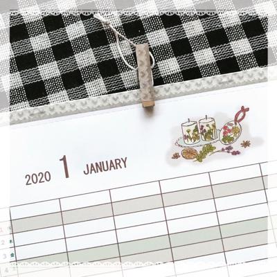 2020年のカレンダーです。_b0118498_20342765.jpg