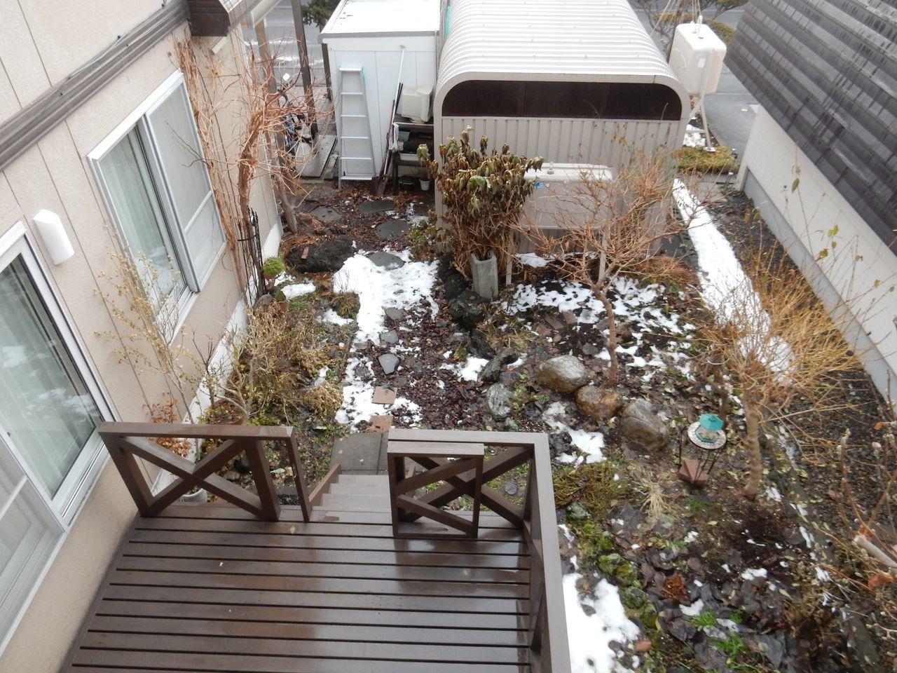 ほとんどの札幌の地域から積雪が消えました_c0025115_20540620.jpg