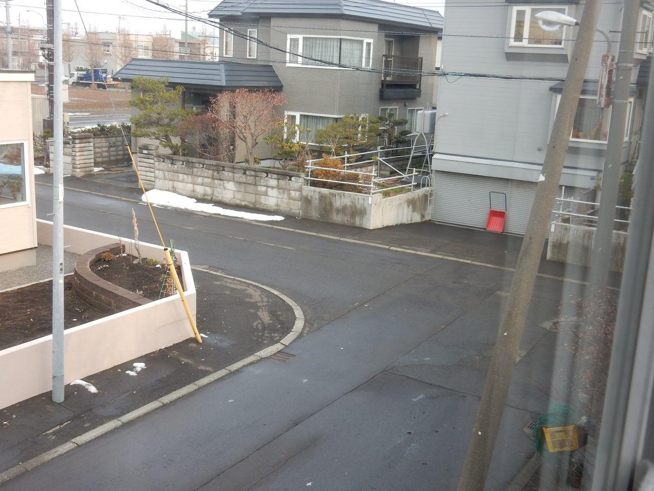 ほとんどの札幌の地域から積雪が消えました_c0025115_20552987.jpg