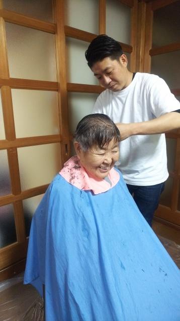 年末までの訪問美容、まだ予約可能です☆訪問美容、カット、カラー、白髪染め、毛染め、パーマ_f0277245_15025828.jpg