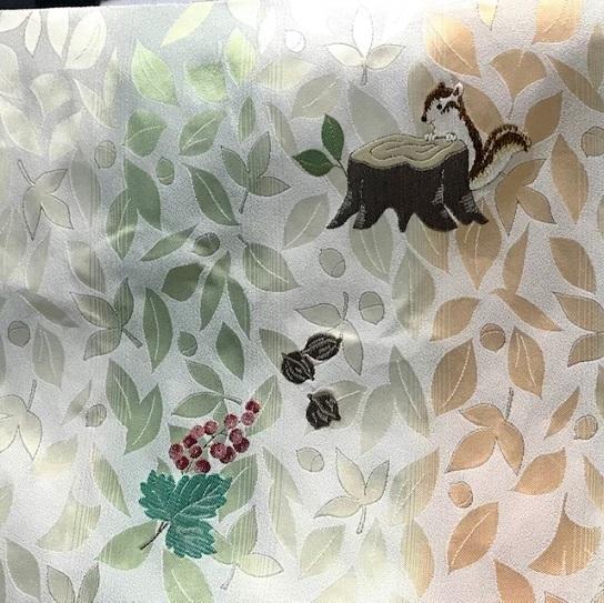 大秀華展・新しい色柄の袋帯・新作可愛いリスの名古屋帯。_f0181251_18130058.jpg
