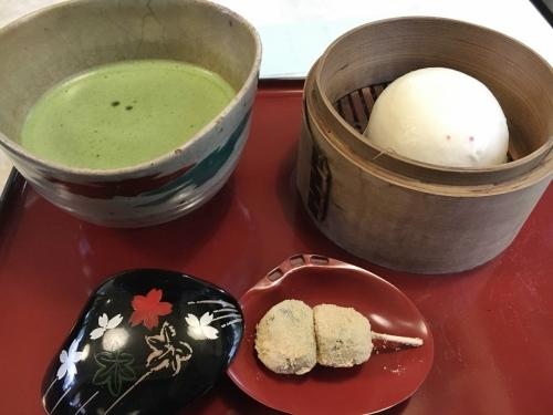 雨の鎌倉、買いまくり食べまくり_e0326953_19335256.jpg