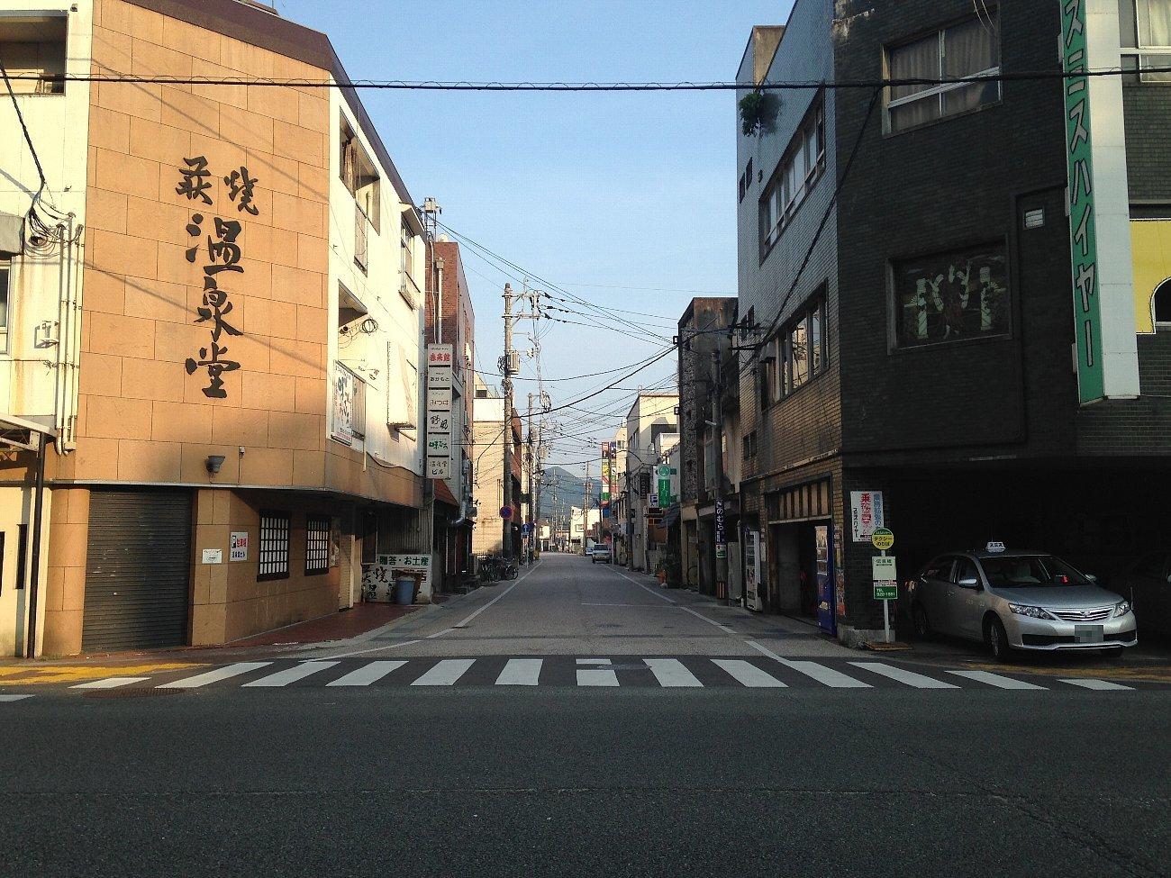 山口市の湯田温泉_c0112559_08055904.jpg