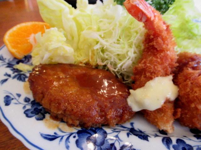 佐久・レストランかしわ * メニュー豊富な手作り洋食の店♪_f0236260_22525300.jpg