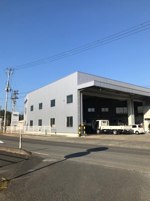 整備工場外壁工事完工_d0153164_09372146.jpg