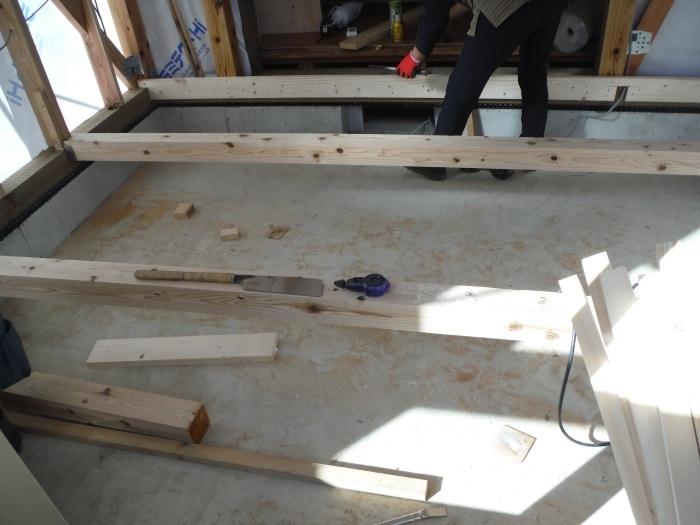 6畳間増築 ~ 室内工事 。_d0165368_04323232.jpg