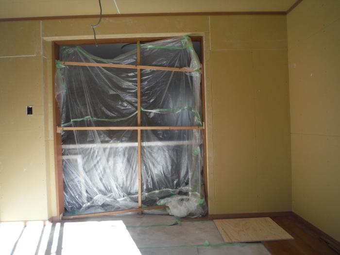 6畳間増築 ~ 室内工事 。_d0165368_04340133.jpg