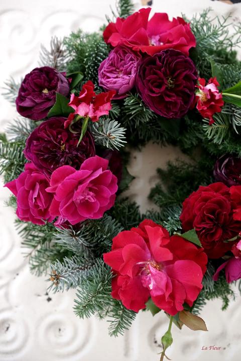 バラを使ったリース_f0127281_20025714.jpg