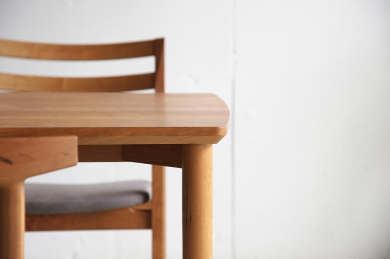 2019.12.12          テーブル・チェア 完成_e0192609_16460618.jpg
