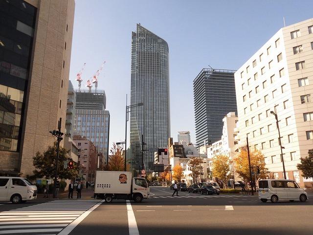 富士駅北口再開発のお手本? 環状2号線の上に建設された超高層ビル「虎ノ門ヒルズ」_f0141310_08042441.jpg