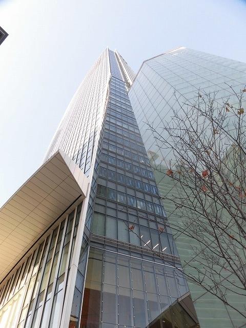 富士駅北口再開発のお手本? 環状2号線の上に建設された超高層ビル「虎ノ門ヒルズ」_f0141310_08043068.jpg