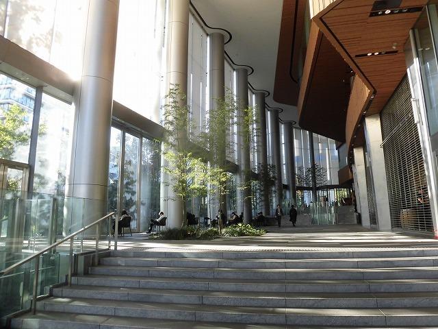 富士駅北口再開発のお手本? 環状2号線の上に建設された超高層ビル「虎ノ門ヒルズ」_f0141310_08045065.jpg