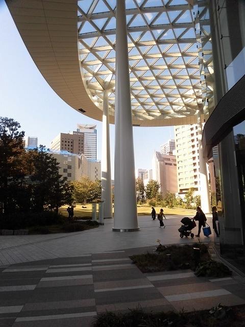 富士駅北口再開発のお手本? 環状2号線の上に建設された超高層ビル「虎ノ門ヒルズ」_f0141310_08045735.jpg