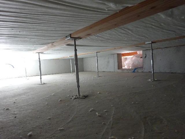 滝沢 穴口の家 建て方作業進行中です!_f0105112_04192427.jpg