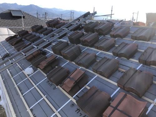 山梨市 ランダムブラウンの屋根 其の一_b0242734_19445584.jpeg