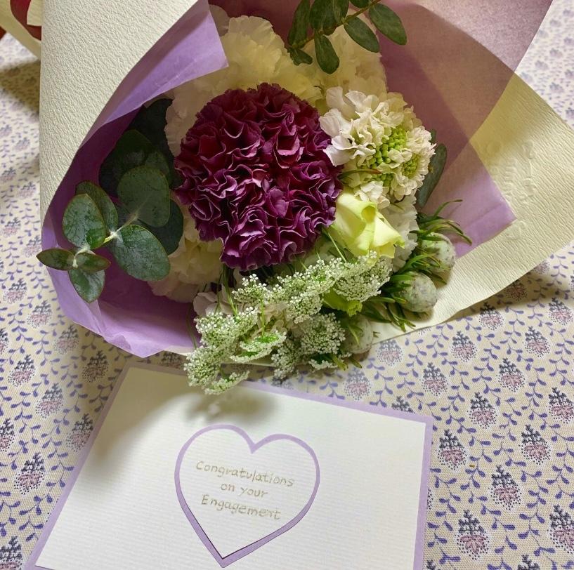 Bouqet    祝福の気持ちを込めてお花とグリーンを選んで♡_a0165160_19391307.jpg