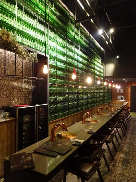 たった26時間のソウル (5)「MAPLE TREE HOUSE」(タンプンナムチッ)で焼肉、クラブでファンク・ナイト_b0405262_23522509.jpg