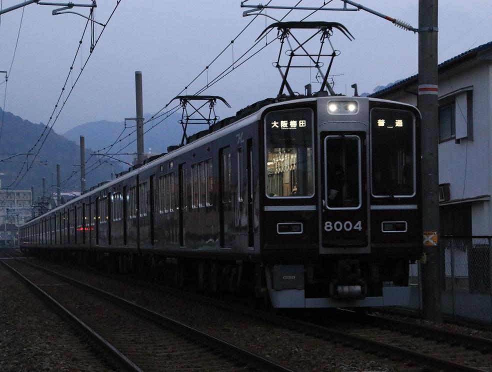 阪急8000系 8004F 復刻塗装_d0202264_754472.jpg