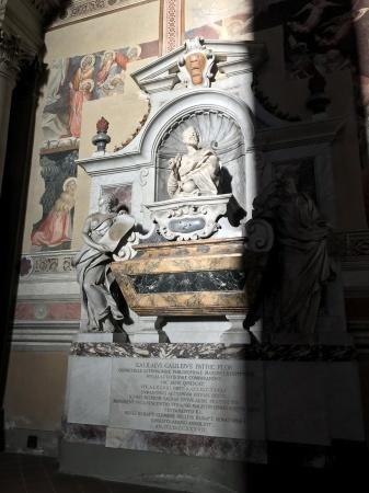 ガリレオのお墓参り_a0136671_00465196.jpeg
