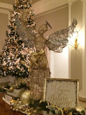 ホテルのクリスマス・ツリー_c0353373_23535362.jpg
