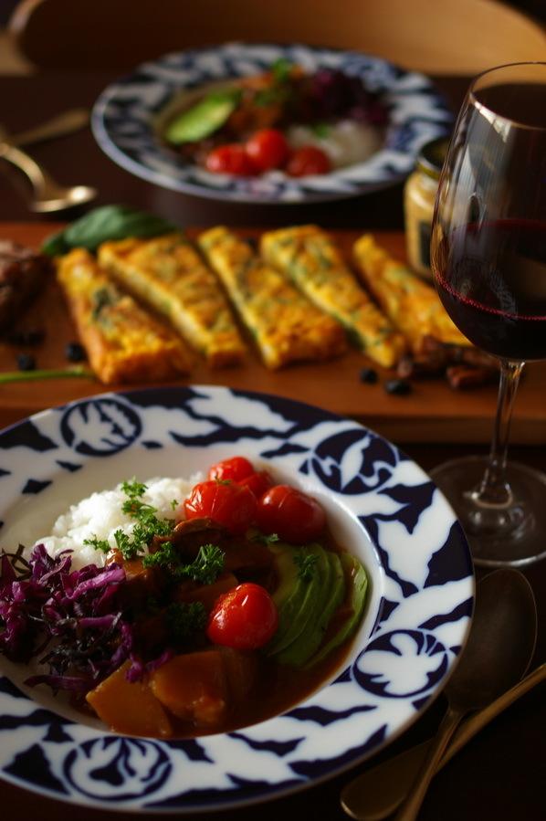白菜のスパニッシュオムレツと牛ほほ肉カレー_d0327373_17140203.jpg