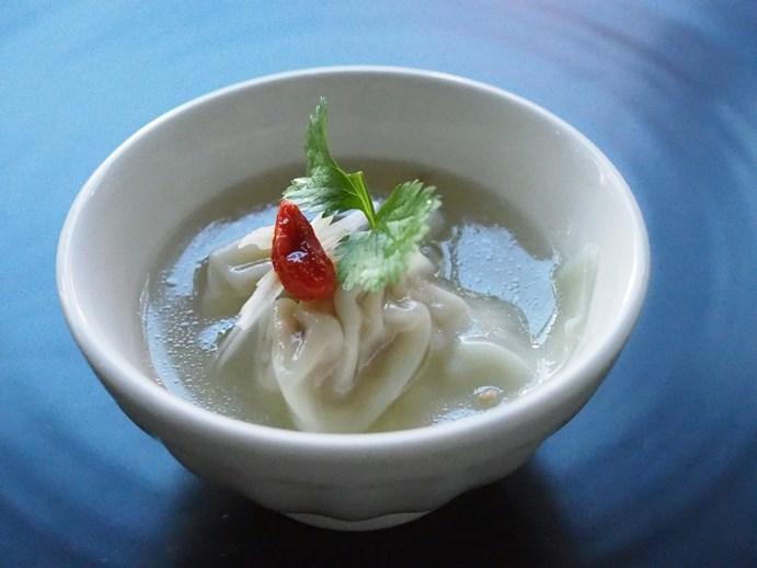 生姜風味の雲吞スープ_e0148373_18455774.jpg