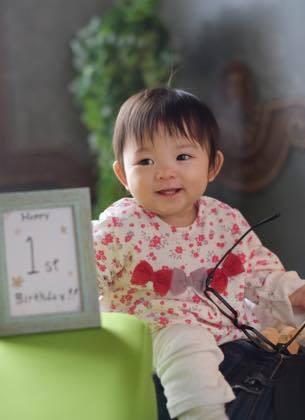 可愛い子供さん......1歳になるYちゃん......._b0194185_18503419.jpg