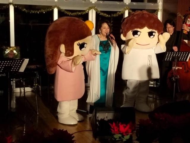 愛媛大学病院がん患者サロンでクリスマス☆_d0103296_22271423.jpg