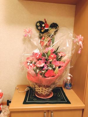お祝いの花_c0106100_13141250.jpg