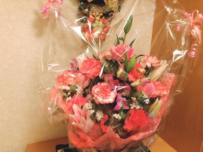 お祝いの花_c0106100_13141392.jpg