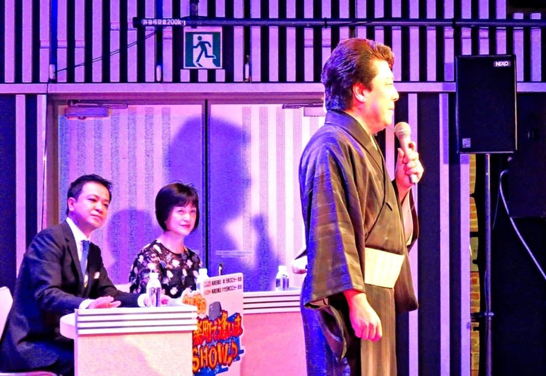 中山秀征の有楽町で逢いまSHOW・男の名刺_b0083801_22424906.jpg