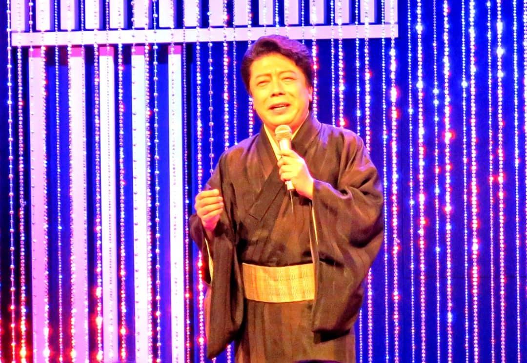 中山秀征の有楽町で逢いまSHOW・男の名刺_b0083801_22425847.jpg