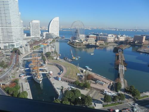 ニューオータニイン横浜プレミアム1809号室からの風景_c0075701_06440711.jpg